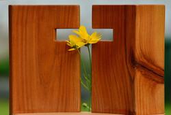 Cross1517094_640