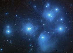 Thepleiadesstarcluster11637_640